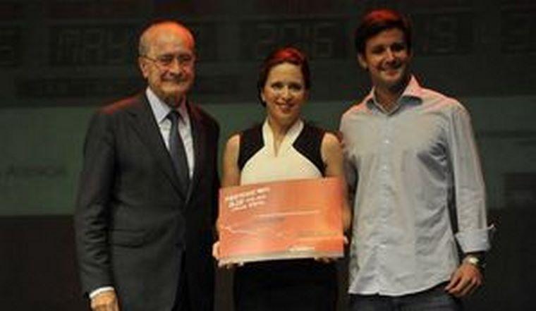 holaMOBI, primera finalista en los Premios AJE 2016
