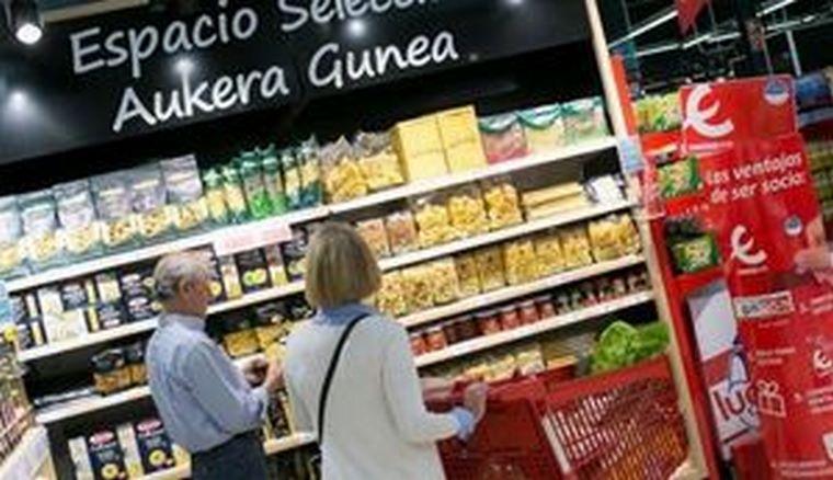 Eroski abre dos supermercados en Bizkaia esta semana