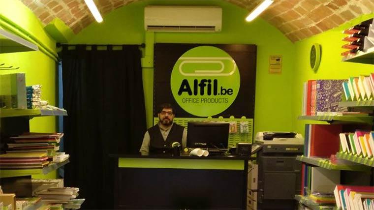 Inauguración de Alfil.be papeleria & hobby en Sant Llorenç Savall (Barcelona)