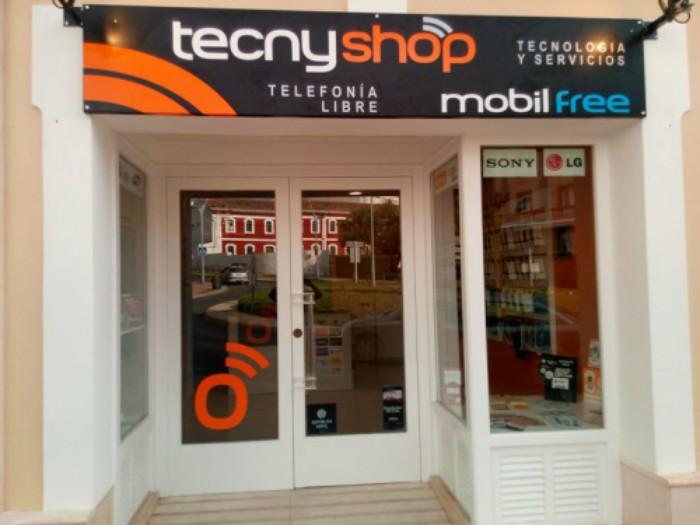 Tecnyshop repite en Málaga