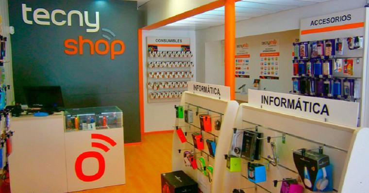 TECNYSHOP suma una nueva tienda en Almería