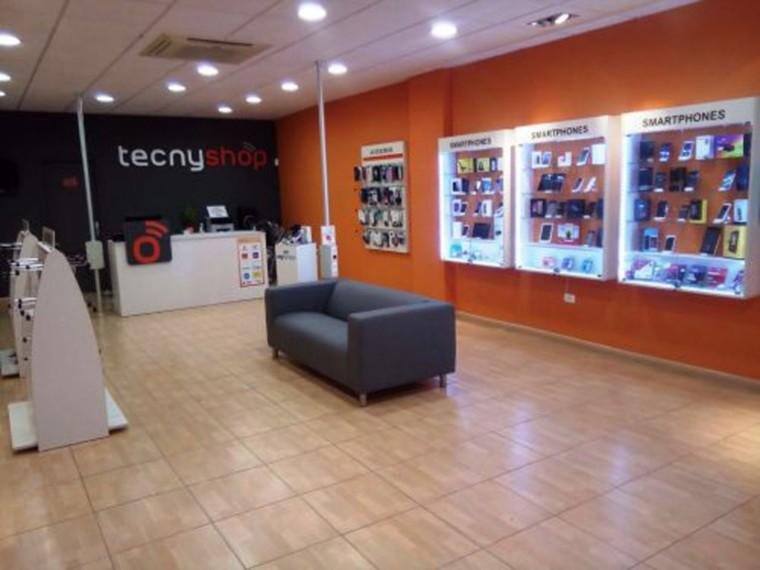 Tecnyshop pone en marcha un plan para impulsar su red de tiendas