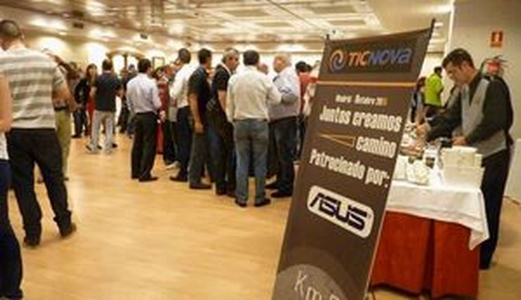PCBOX reúne a más de doscientas personas en su 19ª convención anual