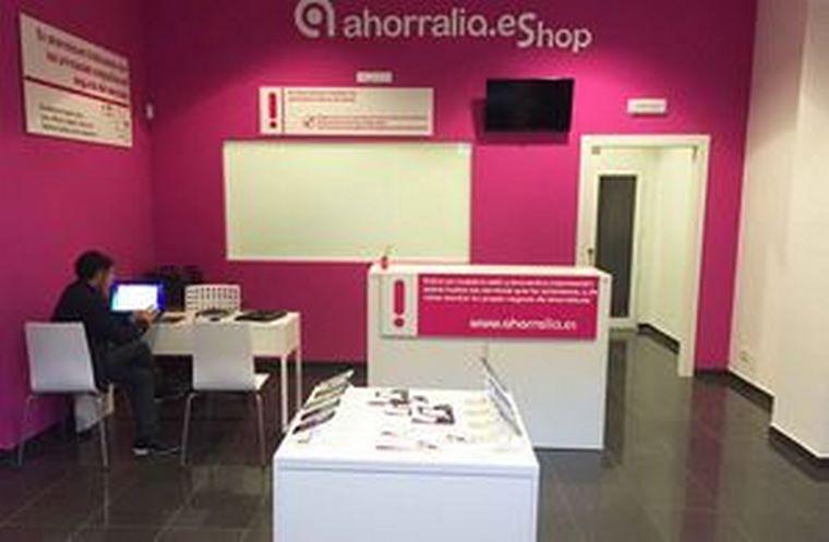 La franquicia Ahorralia.es inaugura en Ávila