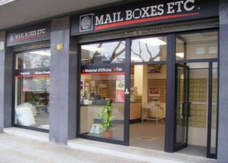 Mail Boxes Etc. incorpora un segundo centro en Gijón