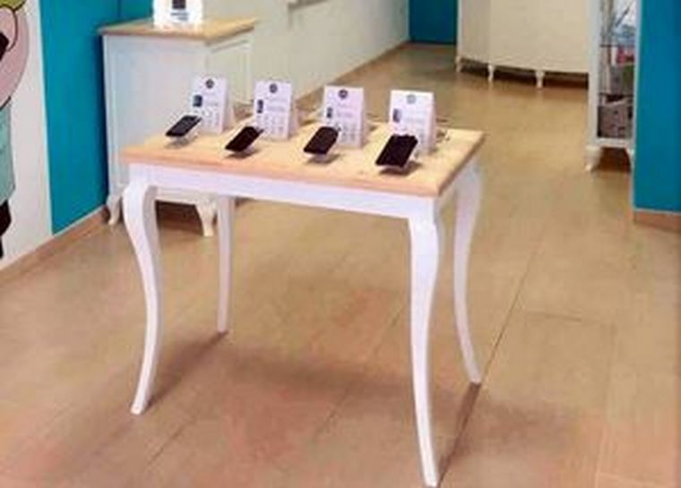 Al Aparato, la casa de los móviles, inicia su expansión en franquicia