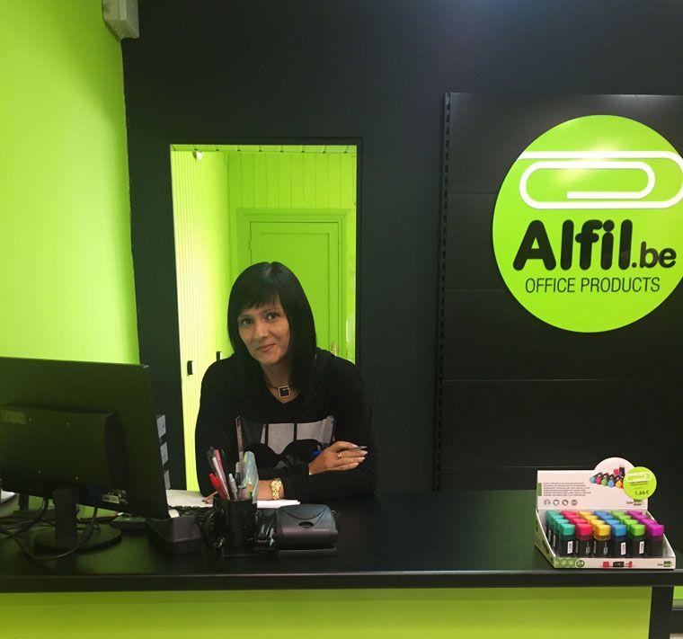 Alfil.be papeleria & hobby inaugura Sabadell CreuAlta