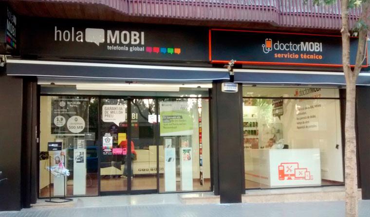 holaMOBI ofrece dos negocios en uno, telefonía global y reparaciones exprés