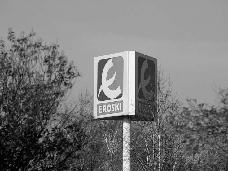 Eroski inaugura un nuevo supermercado franquiciado en la localidad de El Robledo, en Ciudad Real