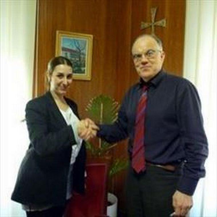 Mundoabuelo firma un Convenio con el Colegio de Médicos de Ciudad Real.