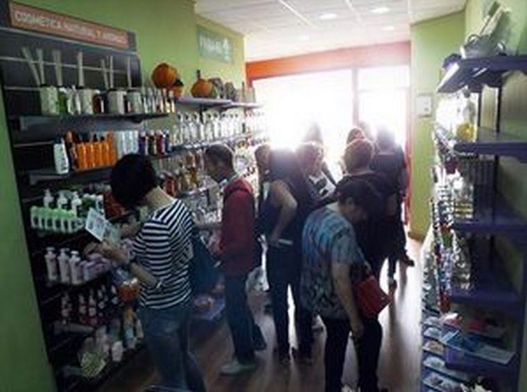 Cerca de 100.000 personas compraron en las tiendas de La Botica de los Perfumes en el mes de junio