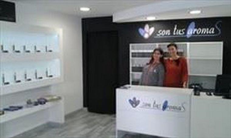 La cadena de perfumerías 'low-cost' Son Tus Aromas supera sus expectativas de crecimiento, y abre un nuevo establecimiento en Elche (Alicante)
