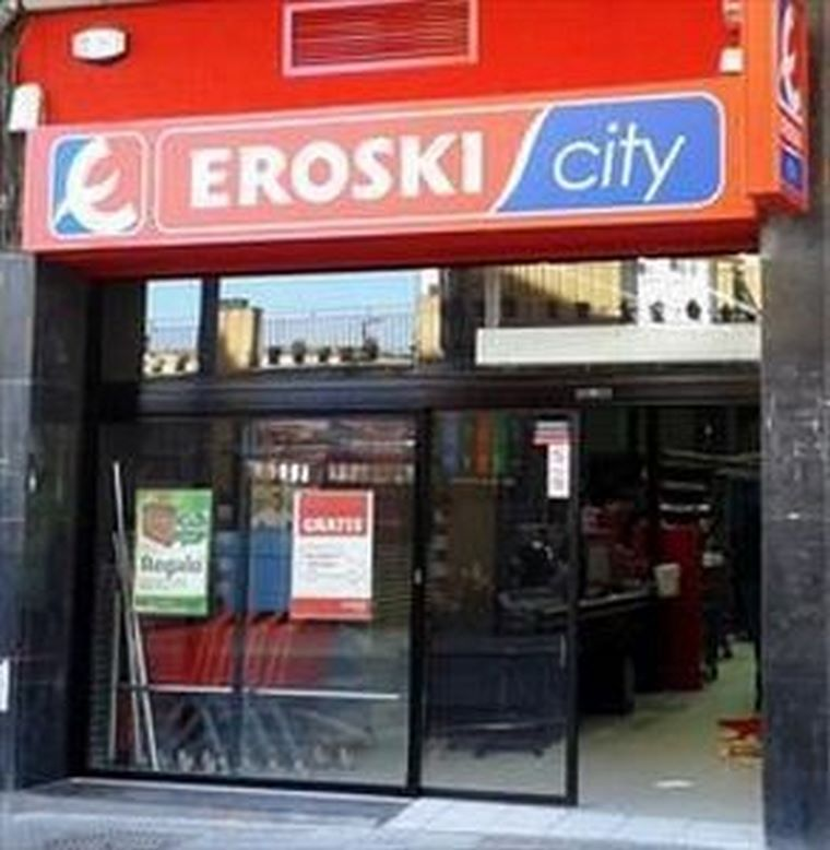 EROSKI inauguró ayer un supermercado en Arrigorriaga.