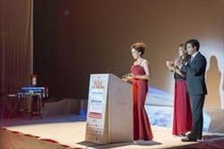 holaMOBI premiada como mejor Acción de Ventas y Distribución