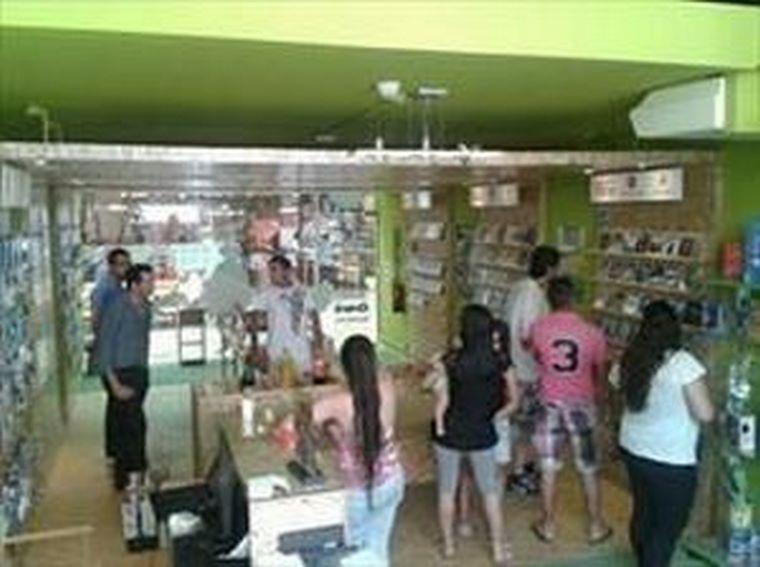 MOVILREPUBLIC Abre su primera tienda en Martos (Jaén)