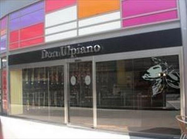 1er aniversario del establecimiento <b>Don Ulpiano</b> del Centro Comercial SPLAU! en Cornellá del Llobregat (Barcelona).