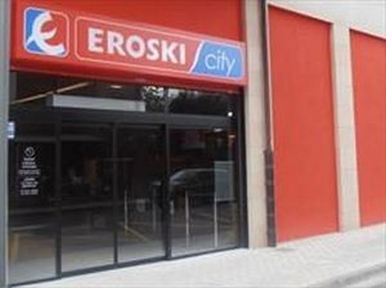 EROSKI inaugura un supermercado en Ordizia.