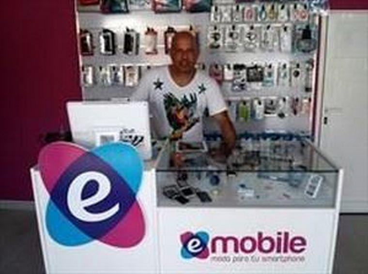 Entrevista a Nestor Morales, franquiciado de Electronic Mobile en Ibiza.