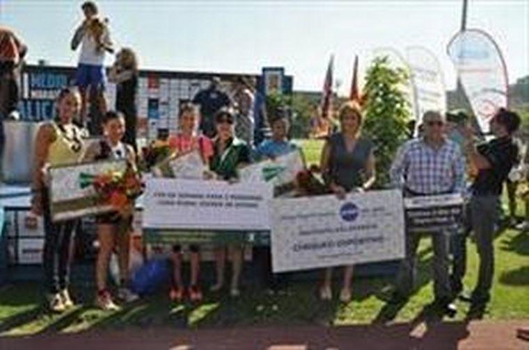 Zafiro Tours patrocina la media maratón de Alicante.