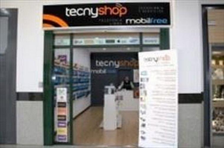 Tecnyshop Arganda del Rey abre sus puertas, siendo la tienda número 16 de la cadena