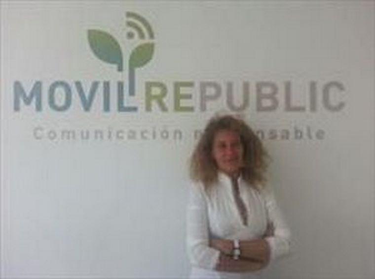 Entrevista a Esther Manzano del departamento de expansión de Movilrepublic.