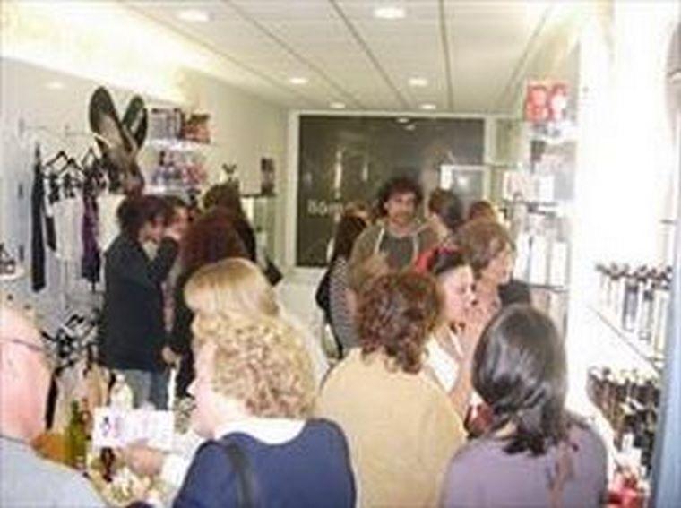 Vigo celebra una nueva apertura de la franquicia Canela en Polvo.