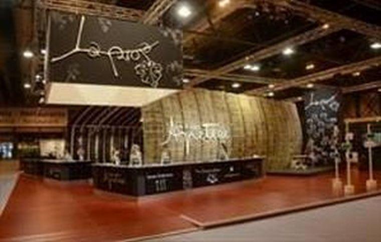 Infotactile presente en FITUR en el stand de La Rioja