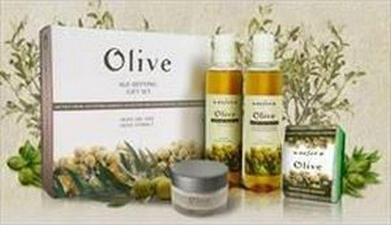 Refan lanza un pack cosmético de oliva