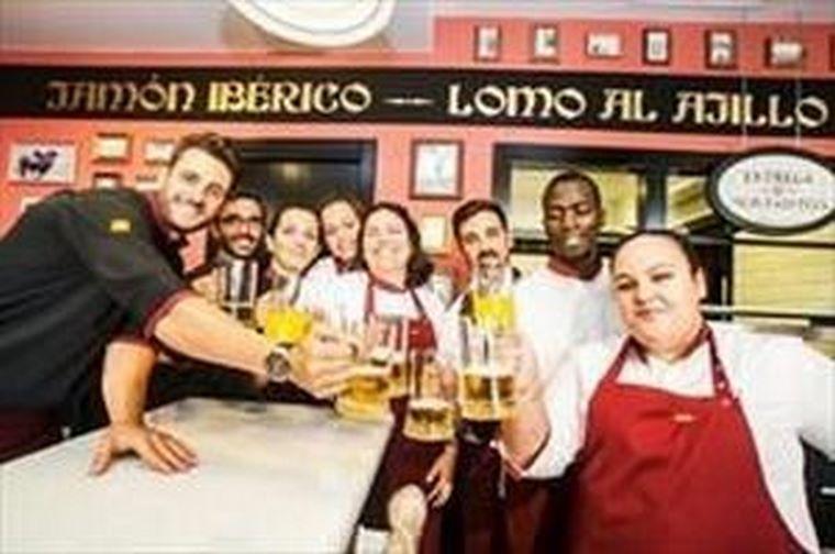 Un nuevo 100 Montaditos abre en Sanlúcar de Barrameda.