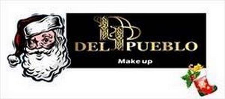 Las tiendas DP Make Up, se visten de Navidad.