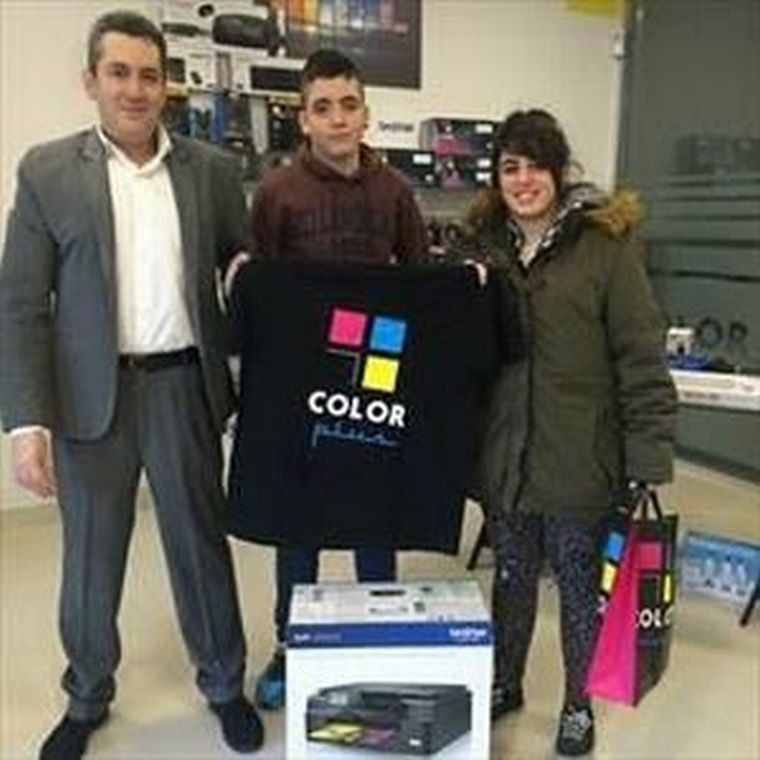 Color Plus Valdemoro entrega los premios del concurso de fotografía