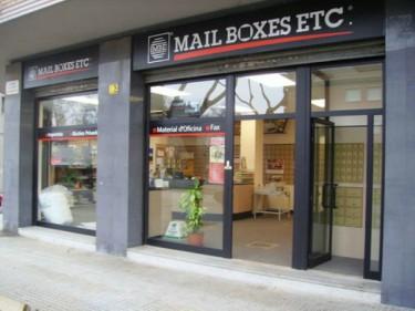 Mail Boxes Etc: La moda de viajar sin equipaje