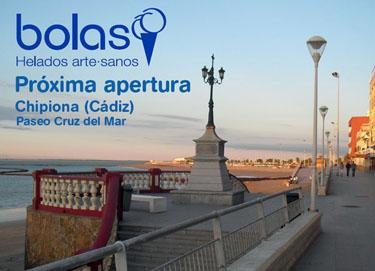 La franquicia Bolas continúa su expansión en la playa de Chipiona, Cádiz.
