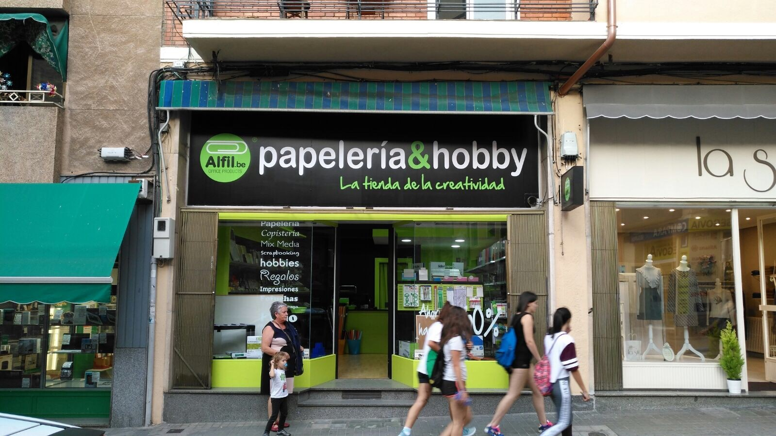 Alfil.be papeleria & hobby inaugura en Segovia