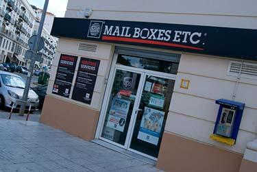 Mail Boxes Etc. abre en Galicia